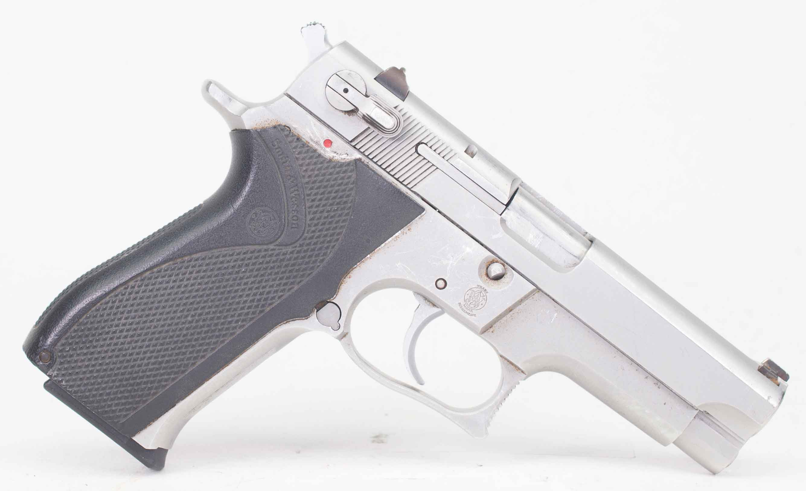 S&W 5906 9MM (Auction ID: 11179503, End Time : Apr  22, 2018